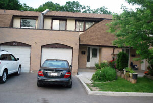 4 BEDROOMS AVAILABLE FOR RENT NEAR UTSC, STC AND CENTENNIAL!
