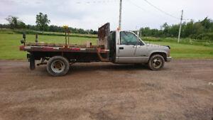 2000 GMC Sierra Pickup Truck