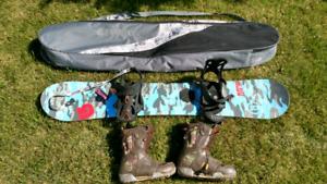 Snowboard/boots/bag