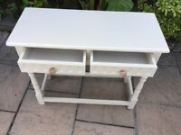 Country Style Console Table / Small Sideboard