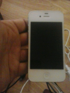 Mint condition Iphone 4S