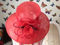 MOB Red hat with black feather detail