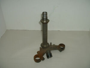 1975 Honda CB200 - triple tree steering stem