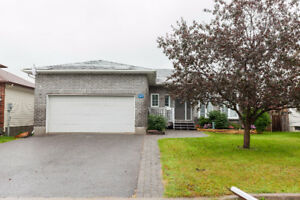 37 Patterson Cres.- THIS COULD BE THE ONE...