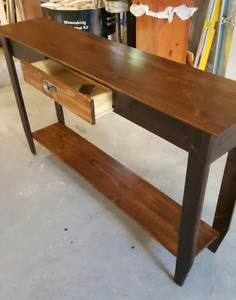 Sofa/accent/ entrance table