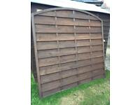 Arched fence panel