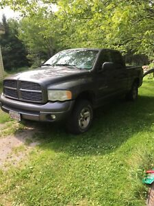 2004 dodge Ram 1500 4 door 4x4 needs motor