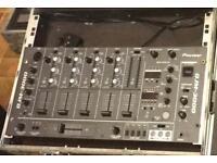 Pioneer DJM 3000 Mixer inc flightcase