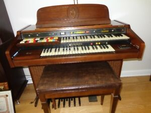 Hammond 125XL Organ with 52 Dual Key Board