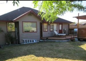 Mountainview home with detached 24x30 shop