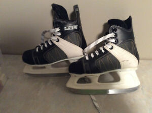 CCM boys hockey skates.  Size 13J