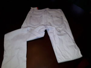 NEW with tags size 3 jeans (young ladies/misses)