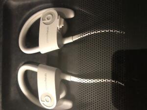 Powerbeats2 wireless