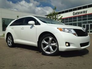 2012 Toyota Venza V6 AWD Leather, Pano Sunroof, Backup Cam