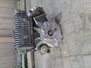 15 horse motor , electric / pull start....Best offer takes