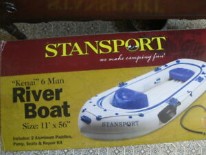 11 FOOT STANSPORT RUBBER BOAT WITH PADDLES + AIR PUMP