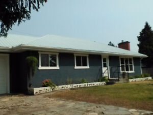 Totally Renovated House Open Concept House in Sunny Marysville.