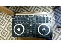 Numark Mixtrack Pro 2 - DJ Controller