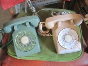 BUNCH OF OLD 70s & 80s ROTARY DIAL TELEPHONES $30 EA.