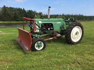 1959 tractor -- Oliver 770