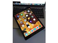 iPad Air 2 16GB 4G + Wifi - unlocked / space grey