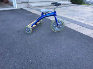 2013 Lil Giant - Kids Tricycle