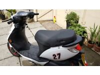 Sinnis street 50 moped 2014 12 MTHS mot exc condition