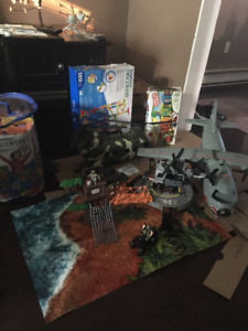 True Heroes Army Play sets