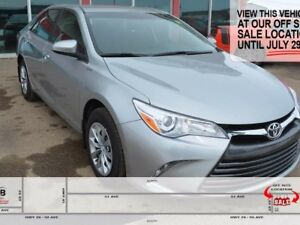 2017 Toyota Camry LOW KMS, GREAT CONDITION