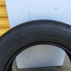 Set of 4 matching tires for SALe