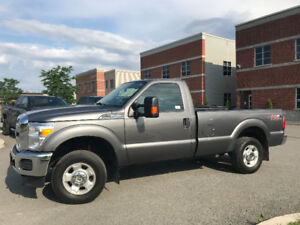 2012 Ford F-250 XLT**4X4** FX4 Camionnette