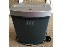 Very good condition Lervia shredder, electric, ideal for home or light office use.