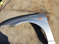 Ford Focus front wing Nearside moondust silver 1998-2005