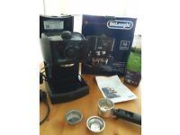 DeLonghi EC146 Espresso and Cappuccino maker/coffee machine