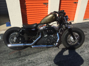 HARLEY DAVIDSON SPORTSTER FORTY EIGHT (LOW KM!!)