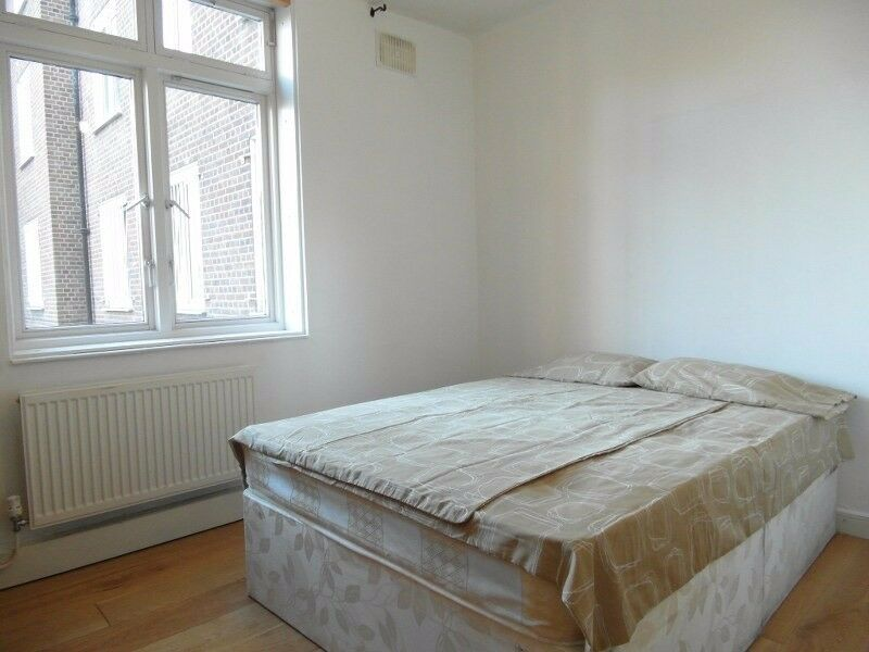 Single room available in Homerton station. £135pw all incl