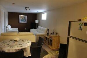 Bright 2 bedroom suite in great neighbourhood