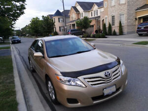 2010 Toyota Camry Le,one owner with winter tires and carproof