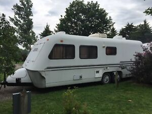 Bigfoot fiberglass trailer boler