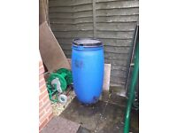 Used Plastic-water barrel-220L-with-lid & Tap