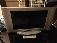 """26"""" TV buit in freeview & speakers, original remote &"""