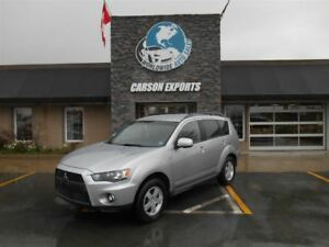 2011 Mitsubishi Outlander LS! LOOK 4X4! FINANCING AVAILABLE!