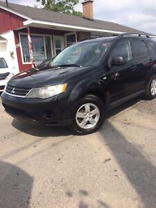 2009 Mitsubishi SE 7 passengers Outlander Safety +E-test
