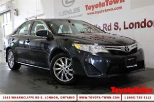 2013 Toyota Camry SINGLE OWNER LE MOONROOF ALLOY WHEELS