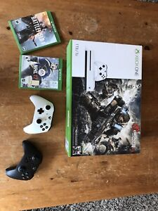 XBox one 1TB, 3 games and 2 wireless controllers