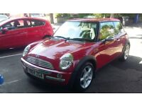 Mini Cooper 2004 in Red.