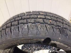 Cooper Weather-Master S/T2 205 60 R16 Studded tire