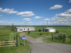 House for sale Calgary , Okotoks AB.  Acreage , 5 acres for sale