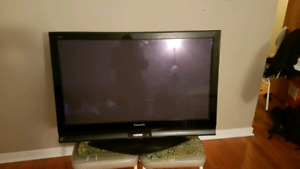 "Selling 42"" Panasonic TV"