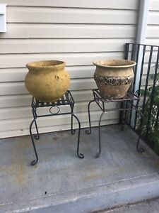 Decorative pots